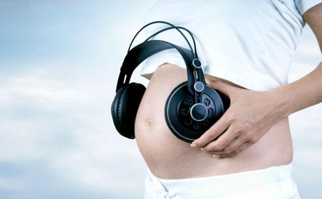 как слушать музыку беременным
